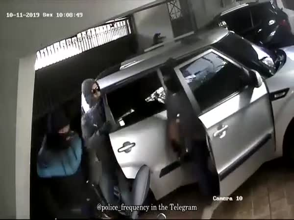 Robbery In Brazil Gone Wrong