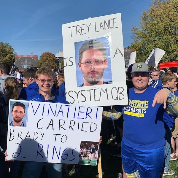 College GameDay Signs (28 pics)