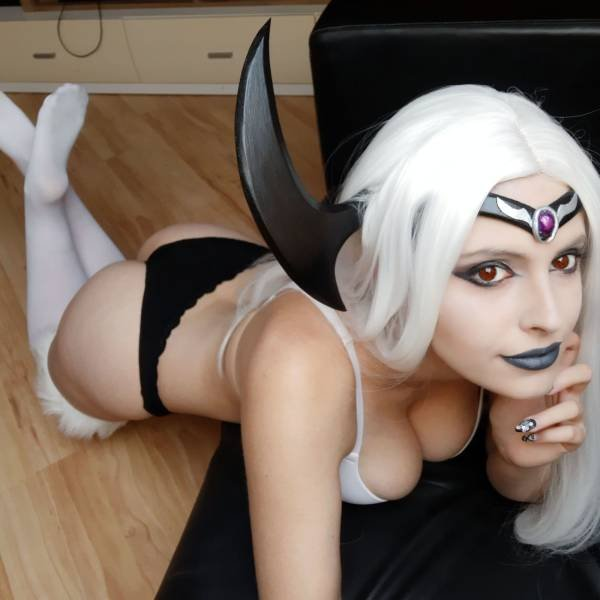 Sexy Cosplay (52 pics)