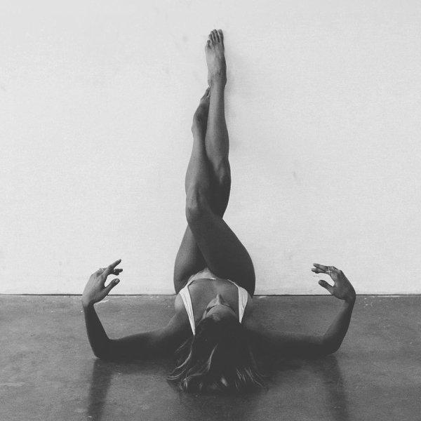 Long Legs (45 pics)