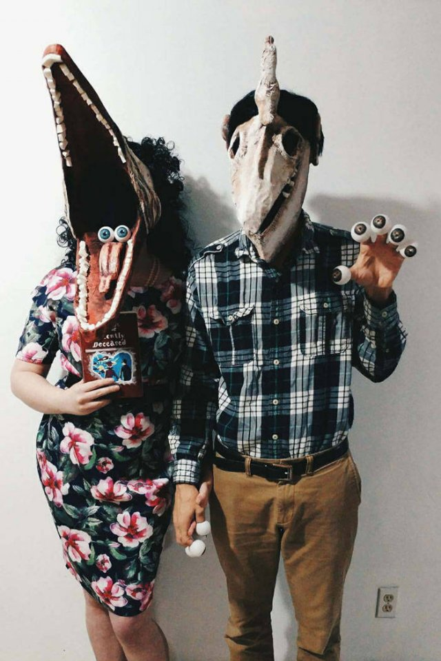 Halloween Couple Costumes (37 pics)