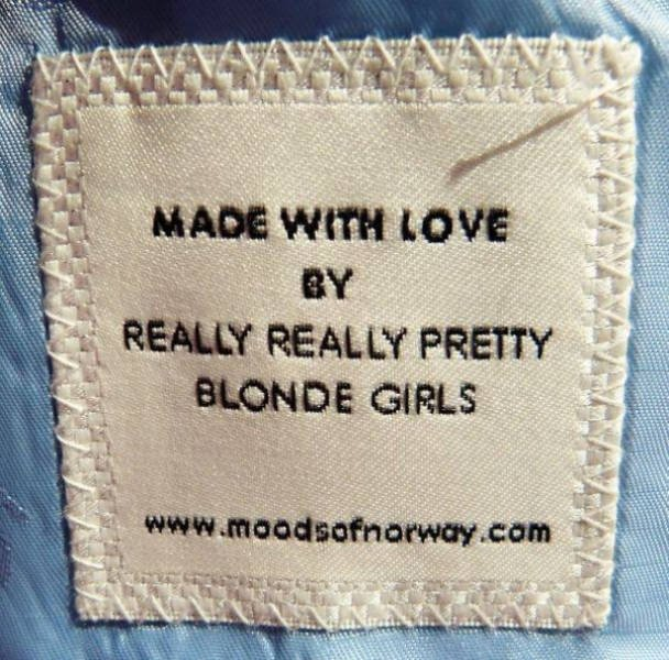 Creative Clothing Tags (32 pics)