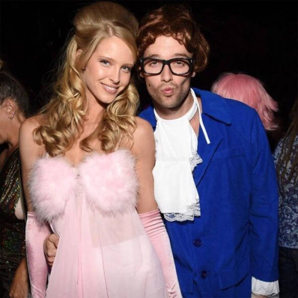 Celebrity Halloween Costumes (45 pics)