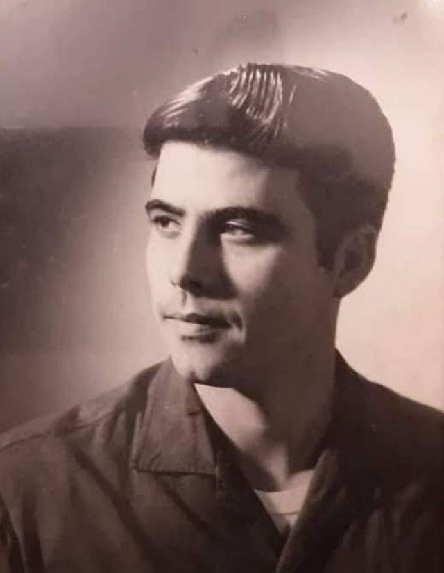 Vintage Photos Of Men (26 pics)