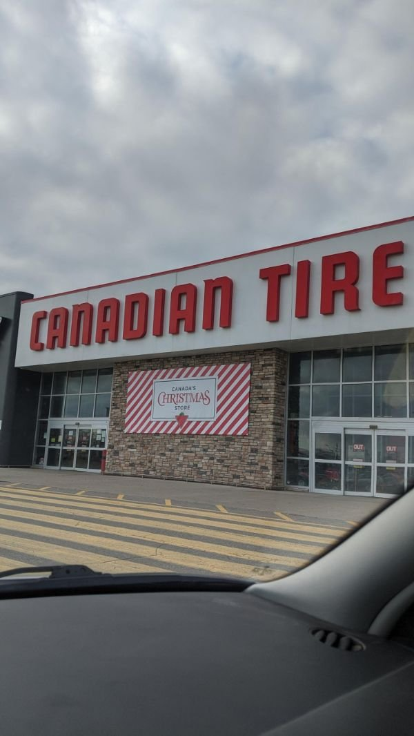 Welcome To Canada! (19 pics)