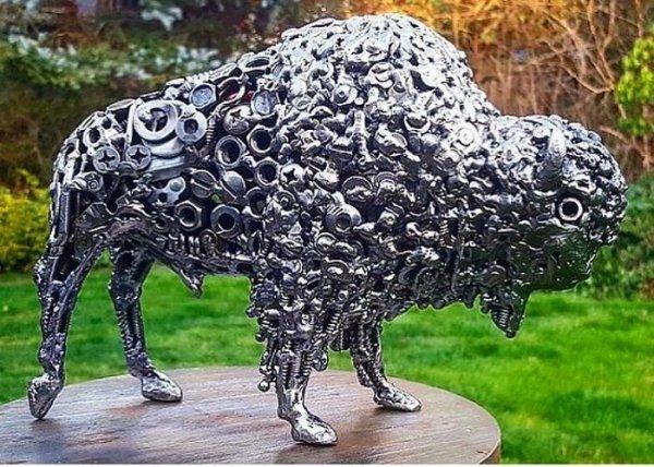 Amazing Junk Metal Sculptures (32 pics)