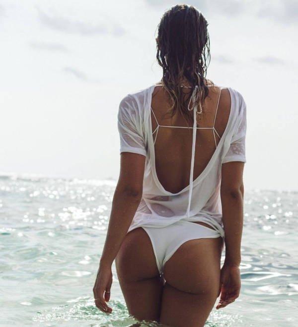 Wet Girls (47 pics)