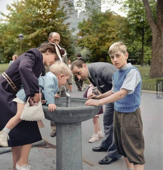 Colorized Black And White Photos (40 pics)
