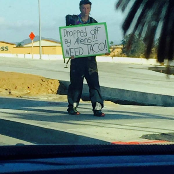 Handmade Signs From Homeless People (21 pics)