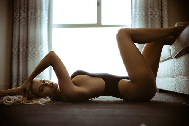 Beautiful Girl (21 pics)