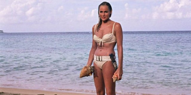 Actresses Who Played Bond Girls: Then And Now (70 pics)