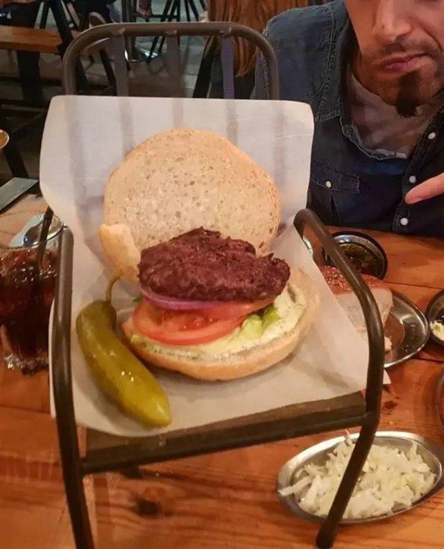 Crazy Food Presentations From Restaurants (26 pics)