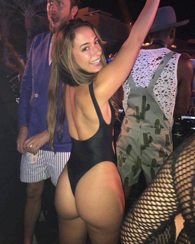 Shameless Girls (70 pics)