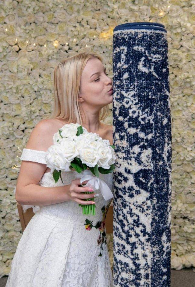 The Most Weird Wedding Choice Ever (5 pics)