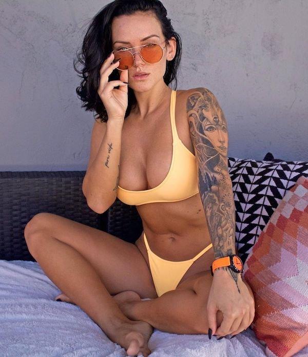 Bikini Girls (31 pics)