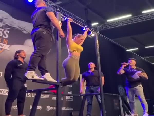 I Love These Strongwoman Competitions