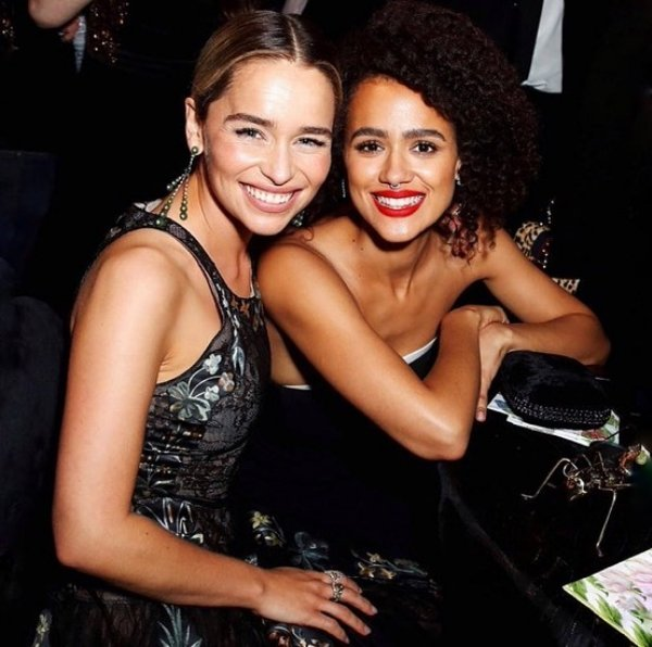 Famous Co-Stars Who Are Close Friends in Real Life (40 pics)