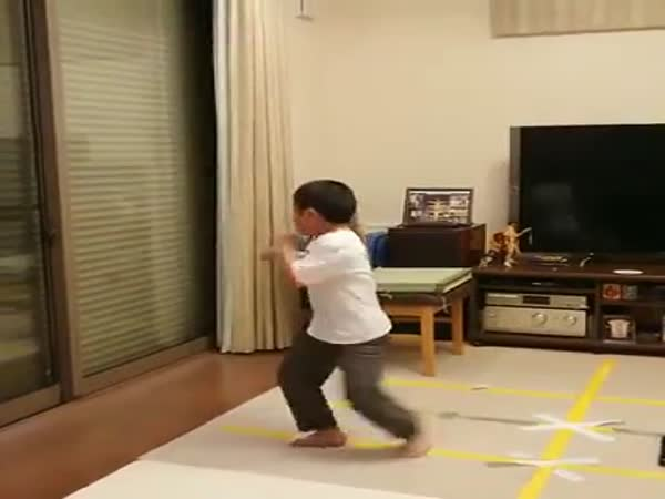 This Kid Knows How To Fight