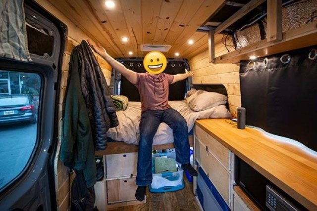 People Who Joined The Van Life (21 pics)