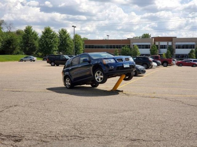 Car Fails (25 pics)