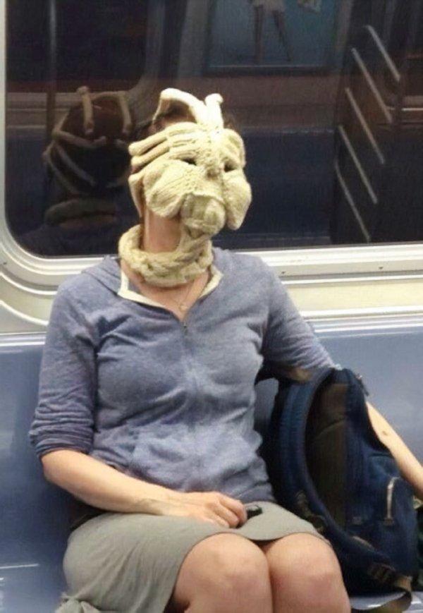 Strange Subway Passangers (38 pics)