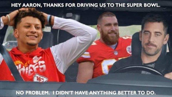 Super Bowl Memes (30 pics)