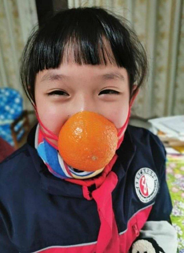 Self-Made Coronavirus Protection (31 pics)