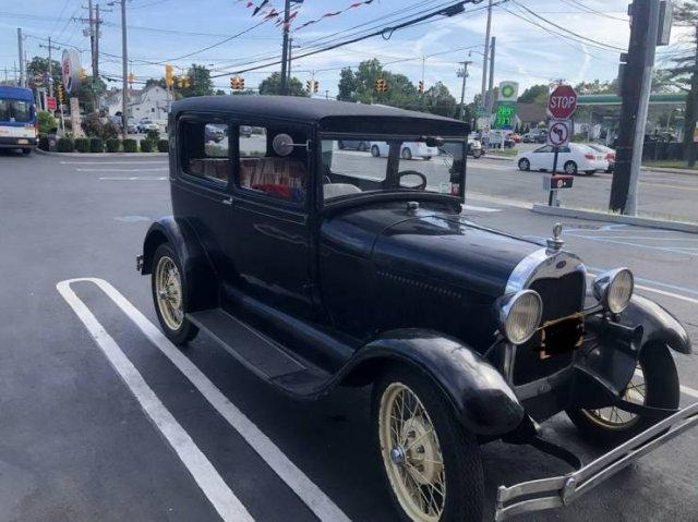 Weird Cars (57 pics)