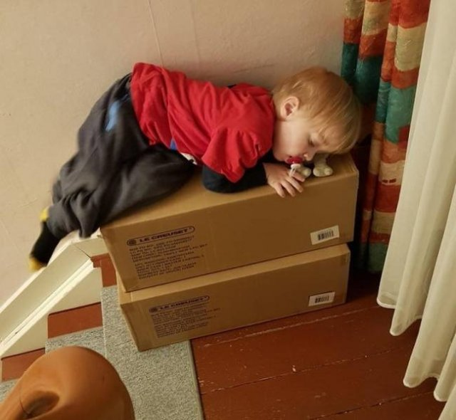 Living With Children (36 pics)