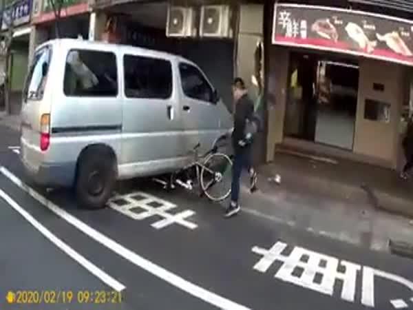 Very Lucky Cyclist