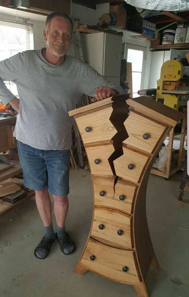 Retired Woodworker Creates Amazing Furniture (18 pics)