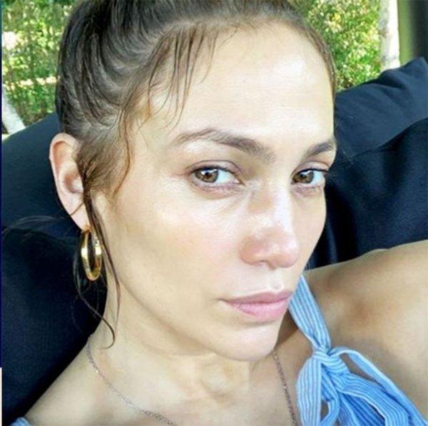 Celebrities Without Makeup (22 pics)