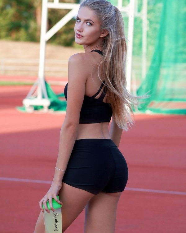 Alica Schmidt: World's Sexiest Athlete (25 pics)