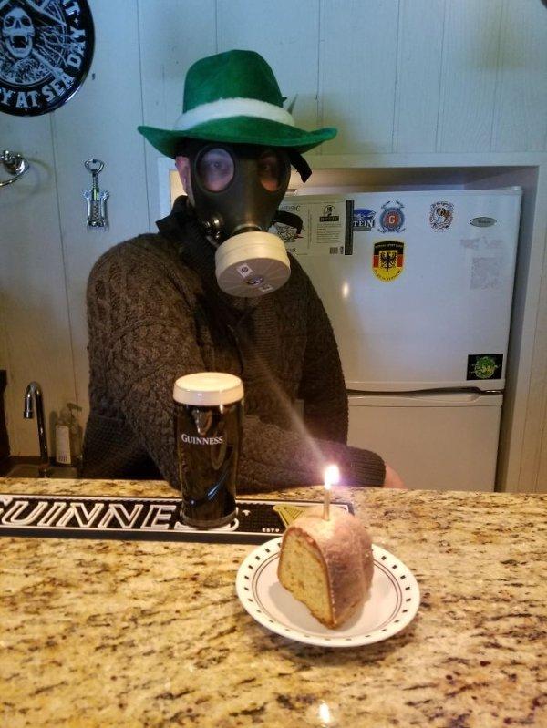 How People Celebrate Birthdays In Quarantine (40 pics)