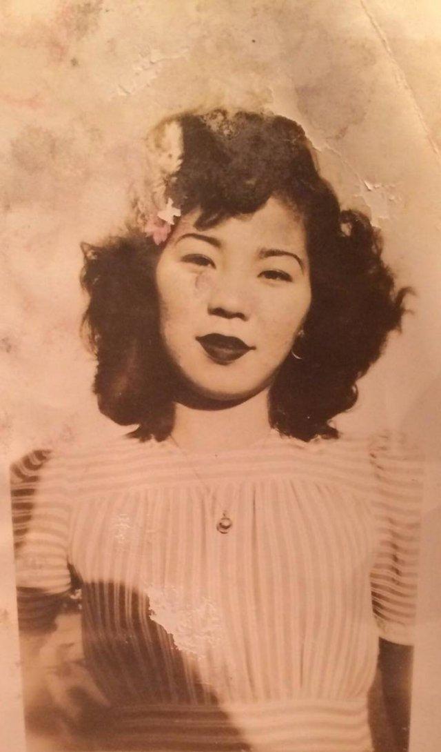 Amazing Old Family Photos (23 pics)