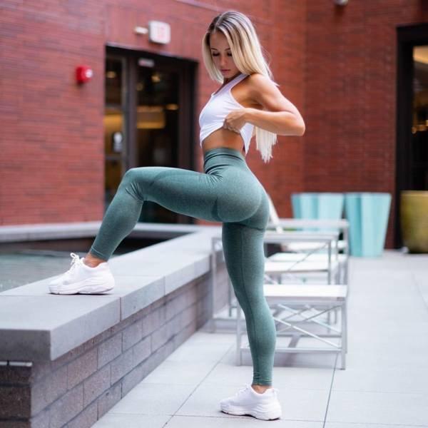 Sporty Girls (51 pics)