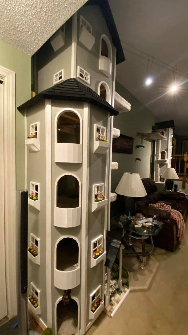 Awesome Cat Towers By Rob Coutu (21 pics)