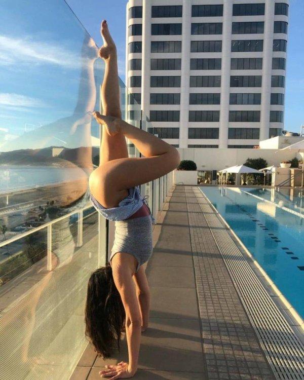 Flexible Girls (42 pics)