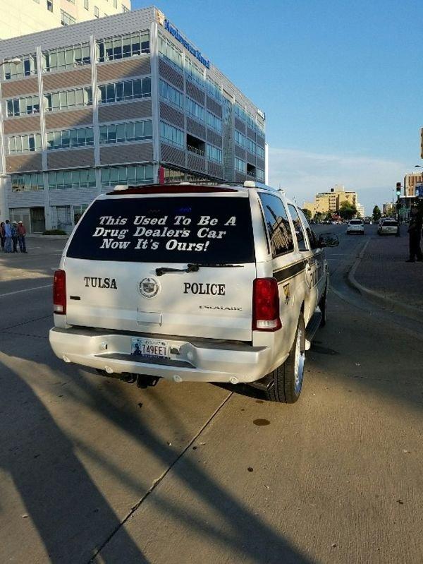 Police Humor (52 pics)