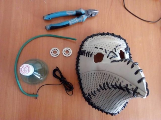DIY Protecting Mask (15 pics)