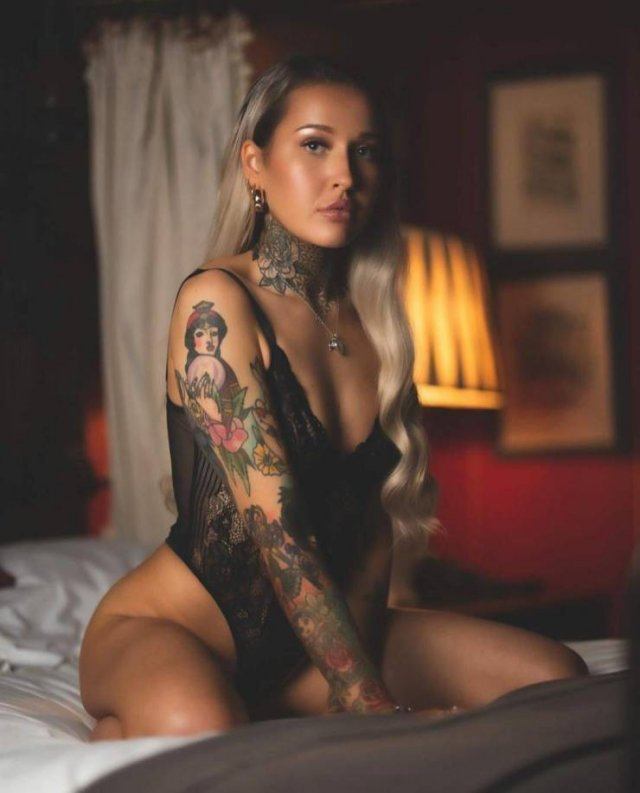 Tattooed Girls (56 pics)