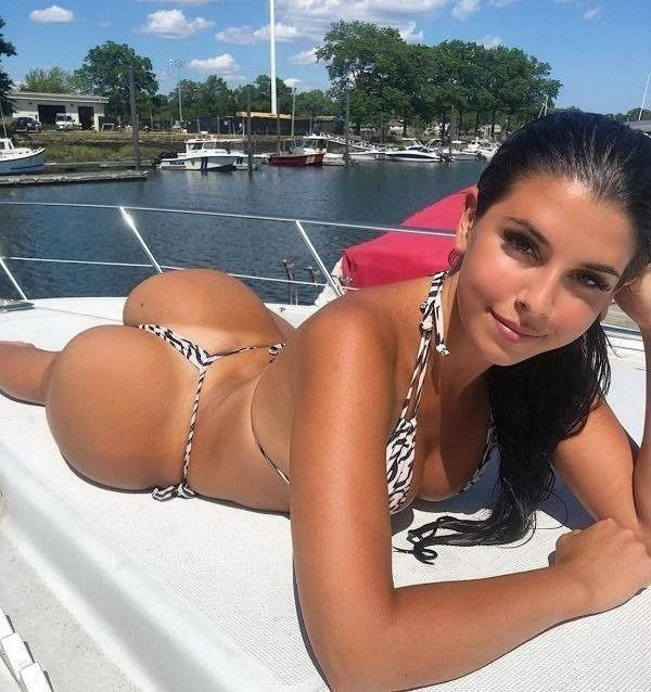 Girls With Tan Lines (37 pics)