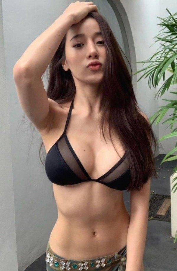 Asian Beauties (53 pics)
