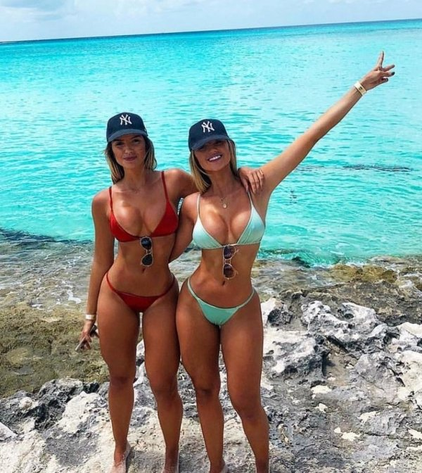 Two Is Always Better Than One (39 pics)