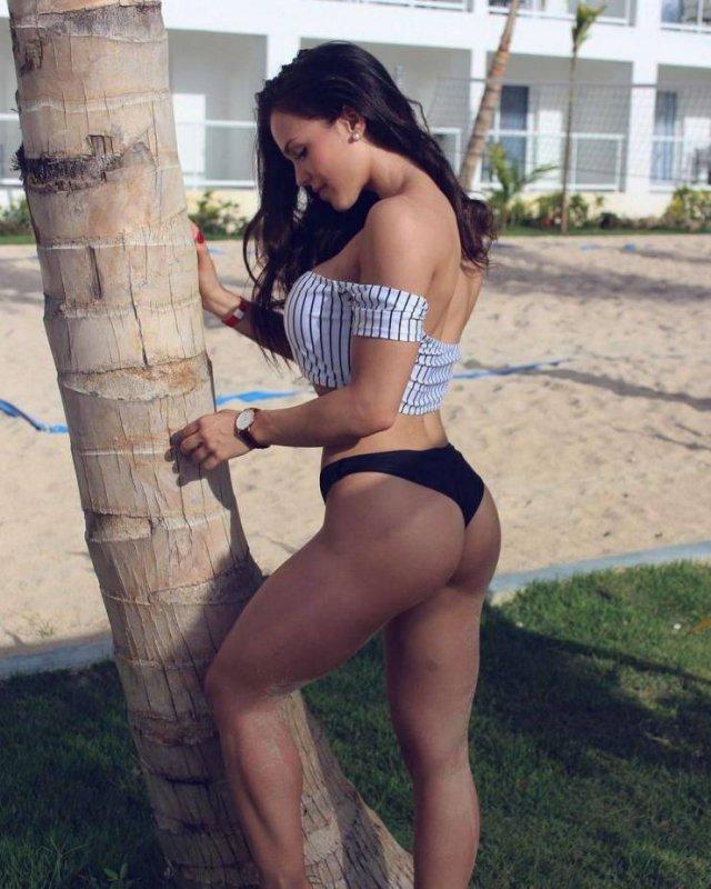 Sporty Girls (55 pics)