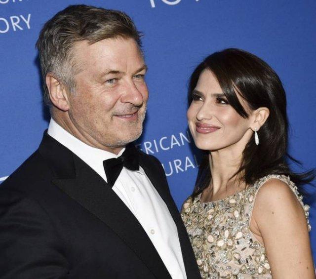 Celebrities Who Married Regular People (15 pics)