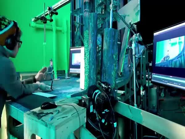 'Missing Link' Behind The Scenes