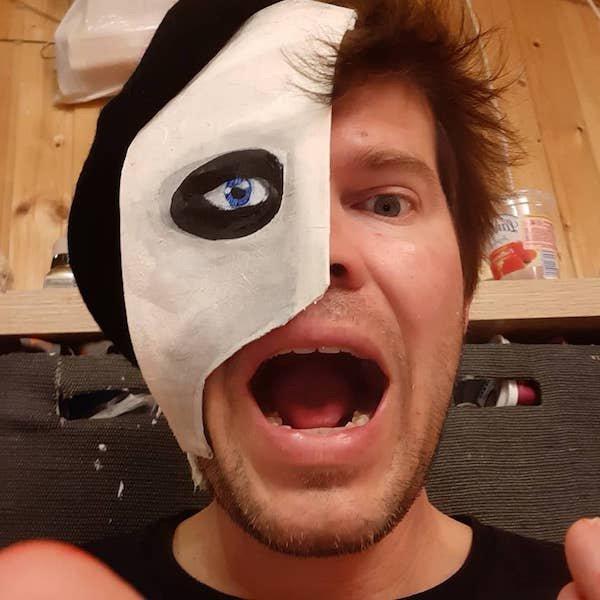 Quarantine Face Masks By Matthias Kretschmer (25 pics)
