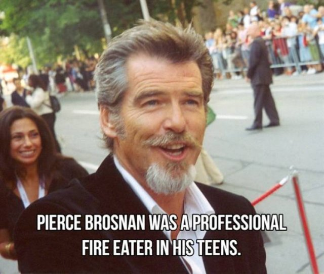 Celebrities And Their First Jobs (25 pics)