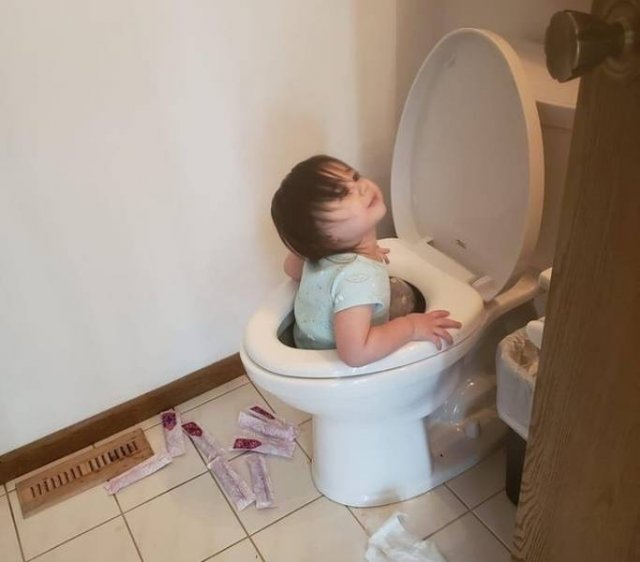 Living With Children (16 pics)
